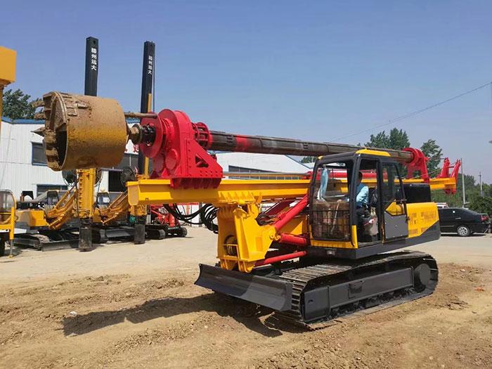 滕州远大生产的30米深度机锁杆旋挖钻机图